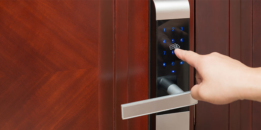 Electronic locks provide real-time door monitoring