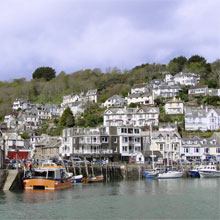 Looe is a busy seaside town and fishing port built around a harbour and river in south-east Cornwall with 5000 residents