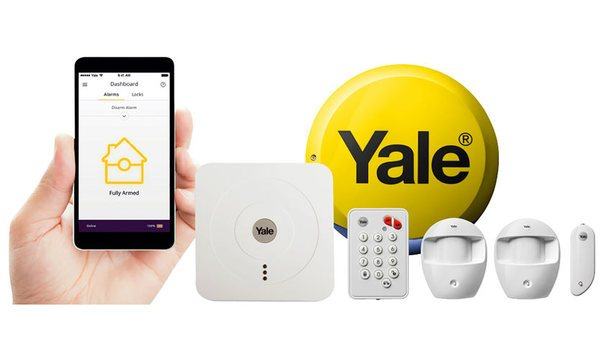 Yale and UNION collaborate to display various security products at Screwfix Live 2016