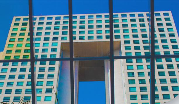 Arcos Bosques Tower 1 selects HID Mobile access solution and readers for secure, touchless access control