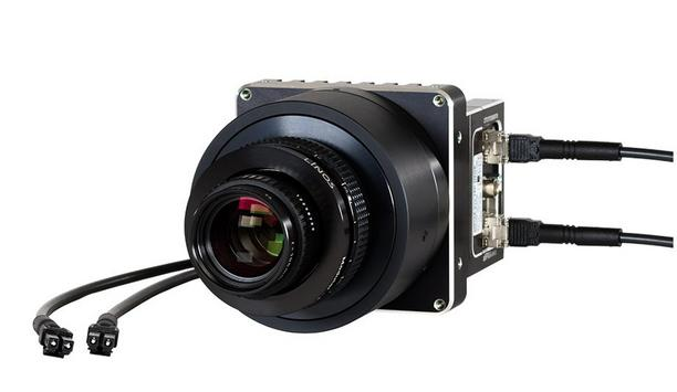 Chromasens allPIXA evo camera acquires several images of the same scene simultaneously in single scan