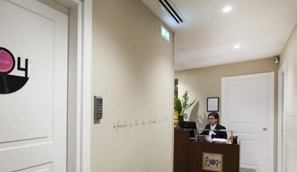 SmartNet, a partner of Axis Communications with its IoT Technology streamlined operations in a Naples hotel