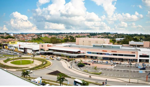 VIVOTEK people-counting solution frees up security staff at Colombia San Nicolás Shopping Mall
