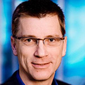 Hans J Skovgaard