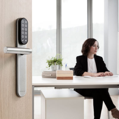 SMARTair™ Pro: The cost-effective solution for real-time access control in a busy workplace